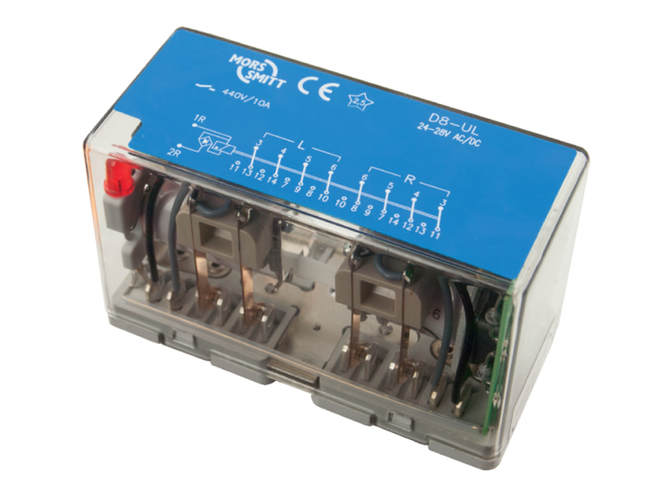 Instantaneous plug-in Auxiliary power relays